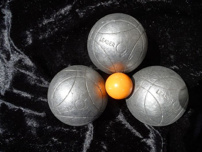 Best Bocce Ball Set For Your Backyard Party 2021 All Gear Lab
